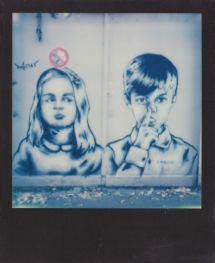 street-art- polaroid.Paris-Zabou.1