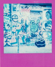 street-art-polaroid.paris.02