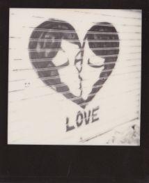 street-art-polaroid.paris.06